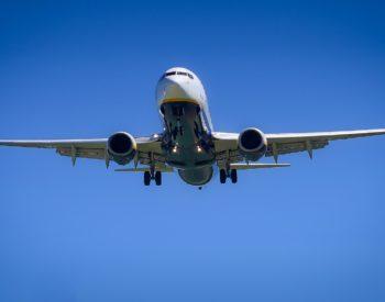 aircraft-3075056_1920