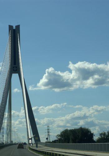 bridge-1533118_1920